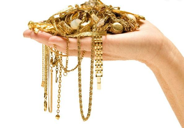 выбор золотых украшений